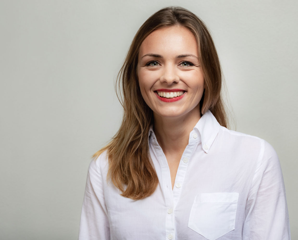 Charlotte Wernicke is smiling friendly